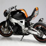 rocket-sprocket-customs_honda-cbr900-streetfighter_01_