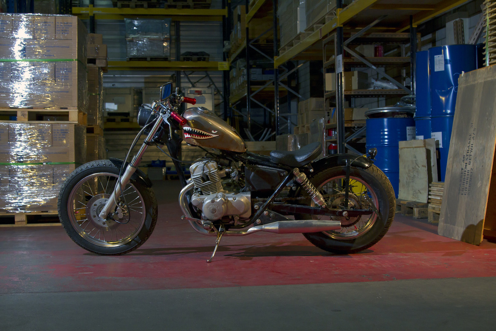 rocket-sprocket-customs_honda-ca125-bobber-mini_01
