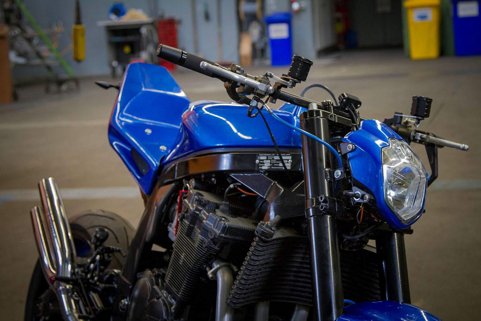 Rocket-Sprocket-Customs_Gixxer-Blue_03